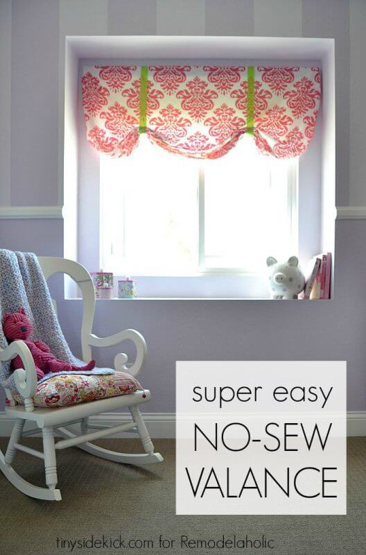 No-sew Tie-up Valance for Baby's Room