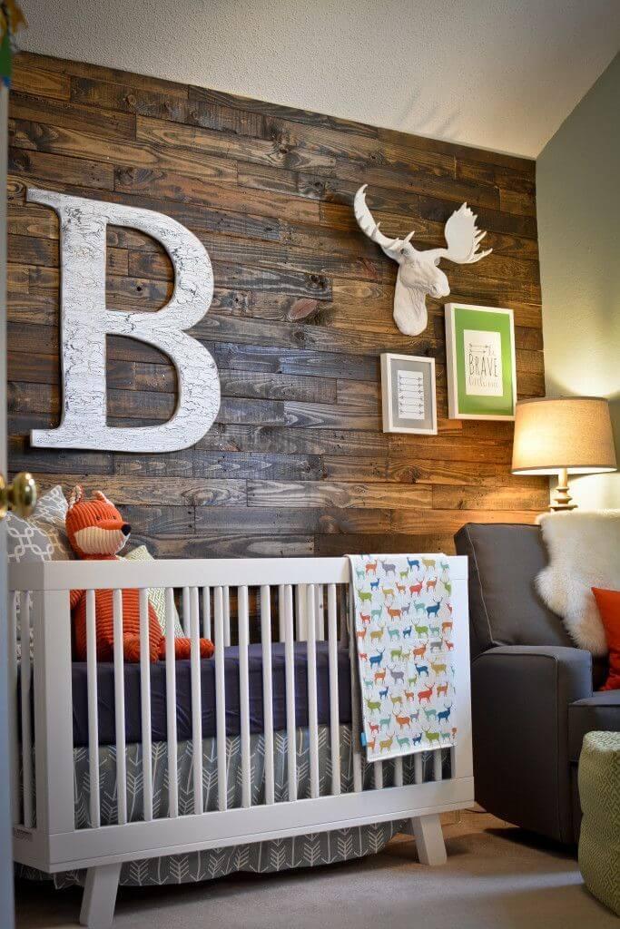 Wood Accent Walls Make a Modern Statement