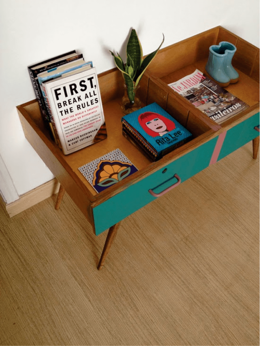 Kitschy Coffee Table for Two