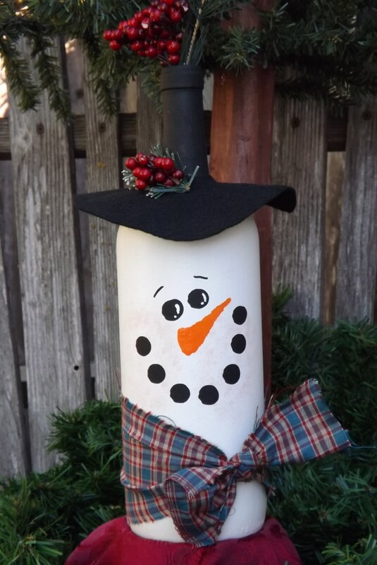 Snowman-Inspired DIY Wine Bottle Craft