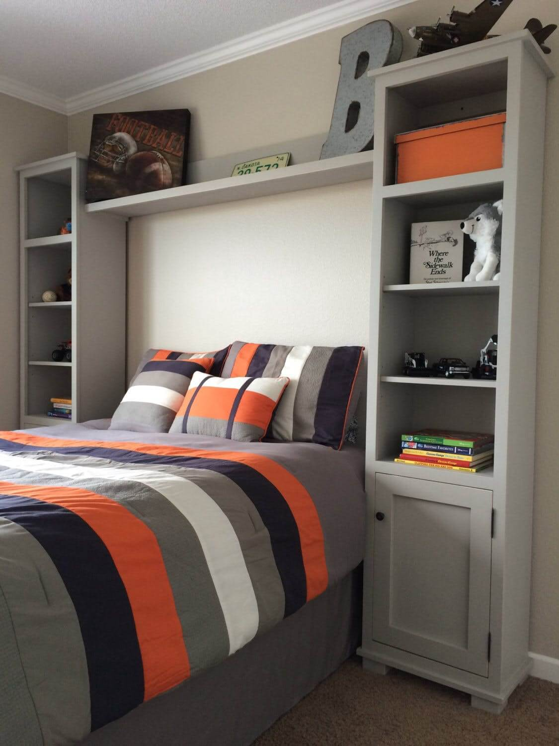 Cool Teen Room Ideas Part - 40: Bold Colors Teenage Boy Room Idea