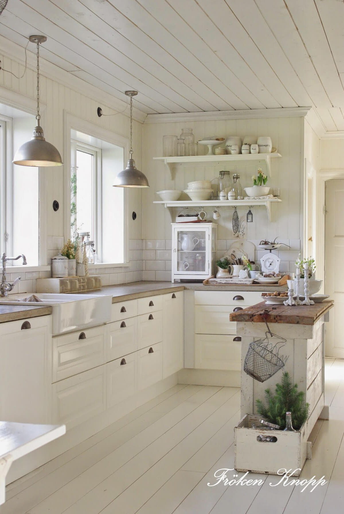 Attractive Whitewashed Planks Cottage Kitchen
