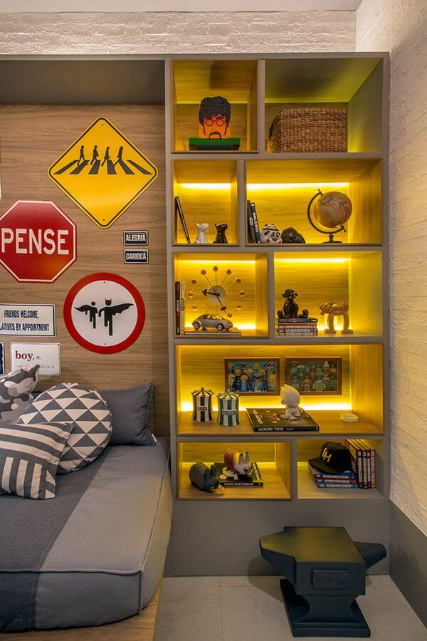 Bright Backlit Pop Culture Quarters