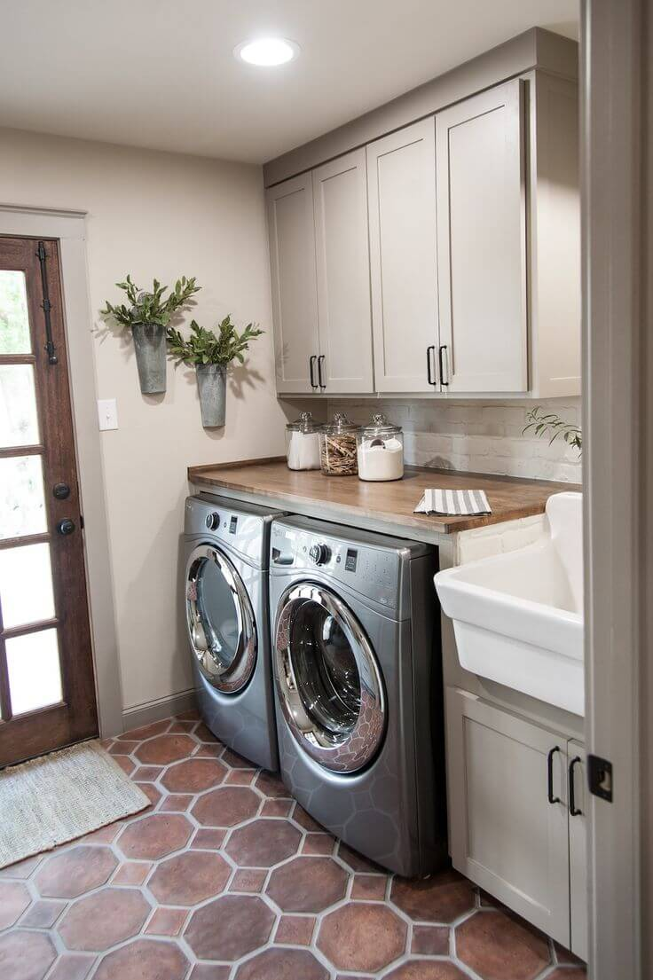 A Laundry Room You'll Linger In