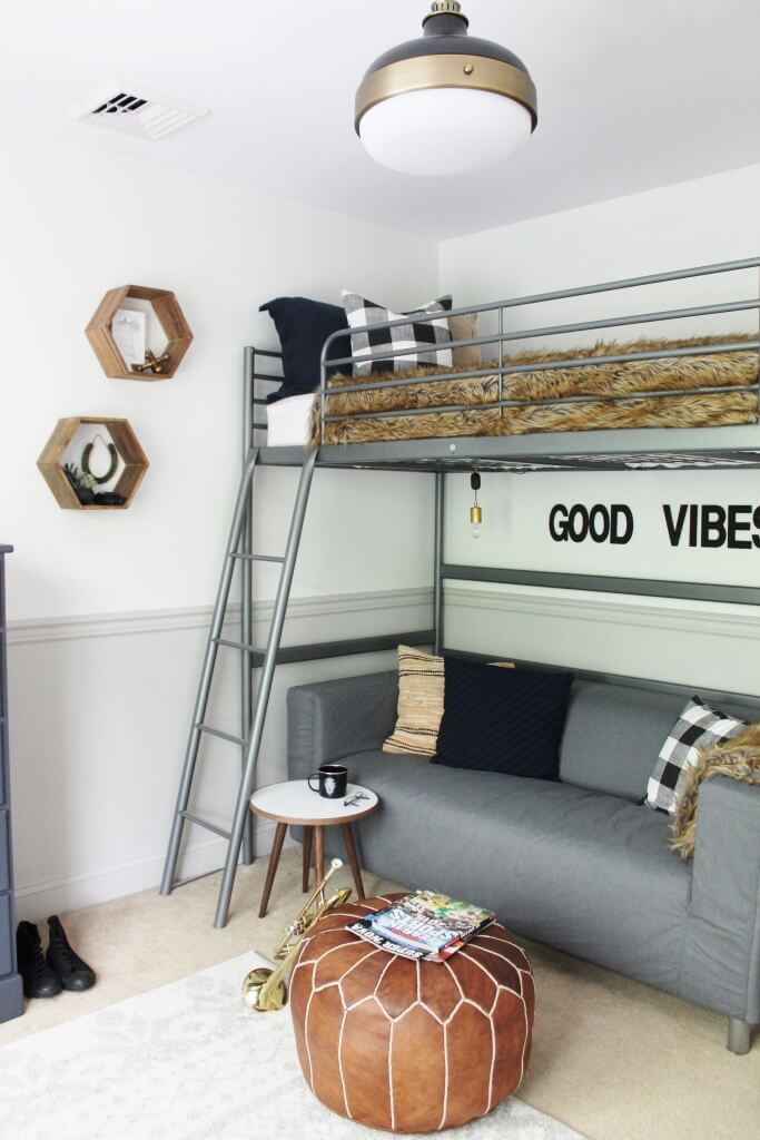 Elegant Laidback Loft Bed Dorm Room Design