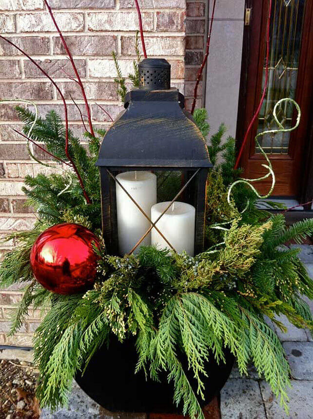giant ornament and lantern planter - Outdoor Christmas Planter Decorating Ideas