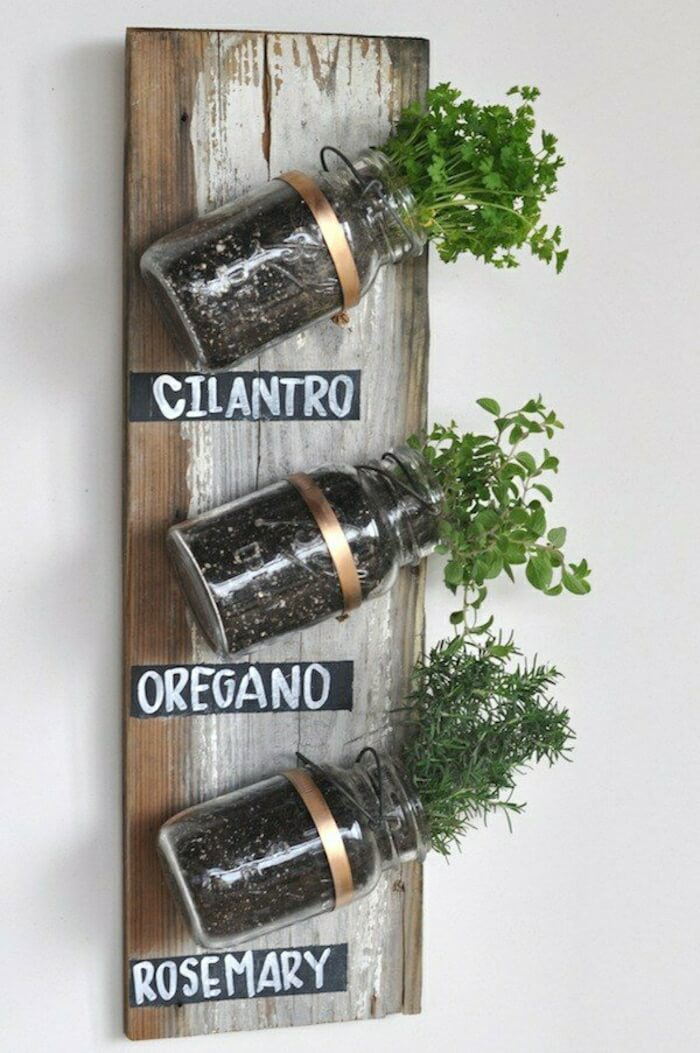Wooden Mounted Mason Jar Spice Garden