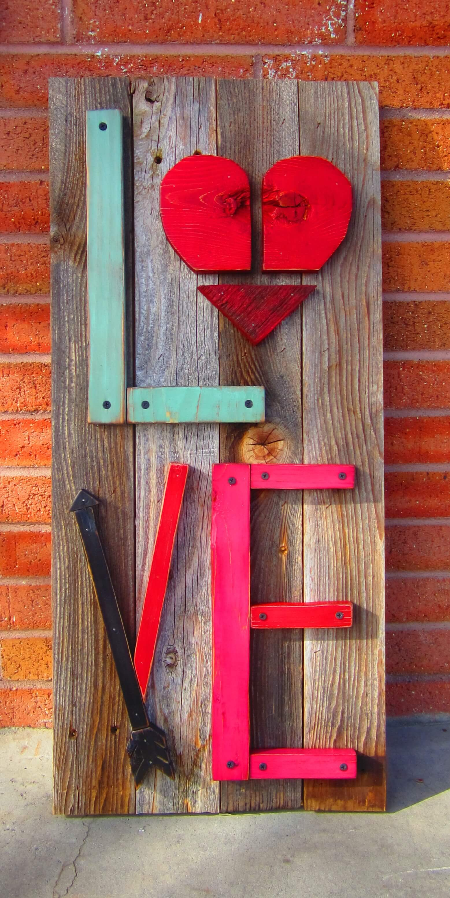 DIY Industrial L-O-V-E with Reclaimed Wood