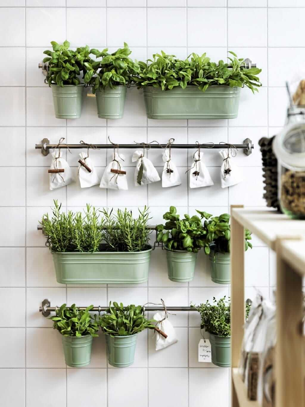 Charmant DIY Small Space Kitchen Herb Garden