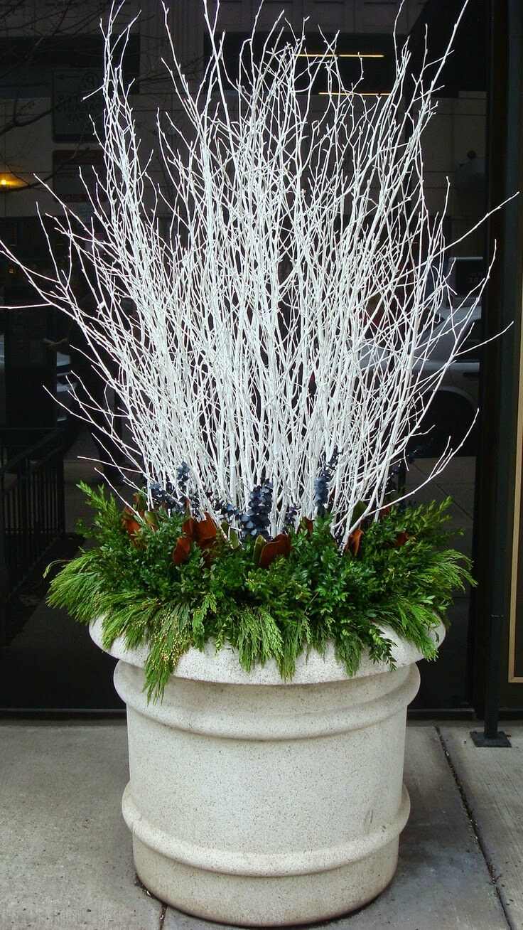 35 best outdoor holiday planter ideas and designs for 2018 for Planter design ideas