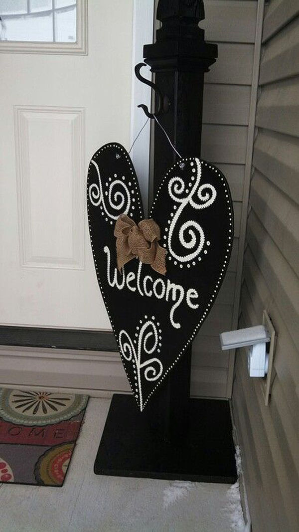 Simple Post and Decorative Hanging Fabric Sign