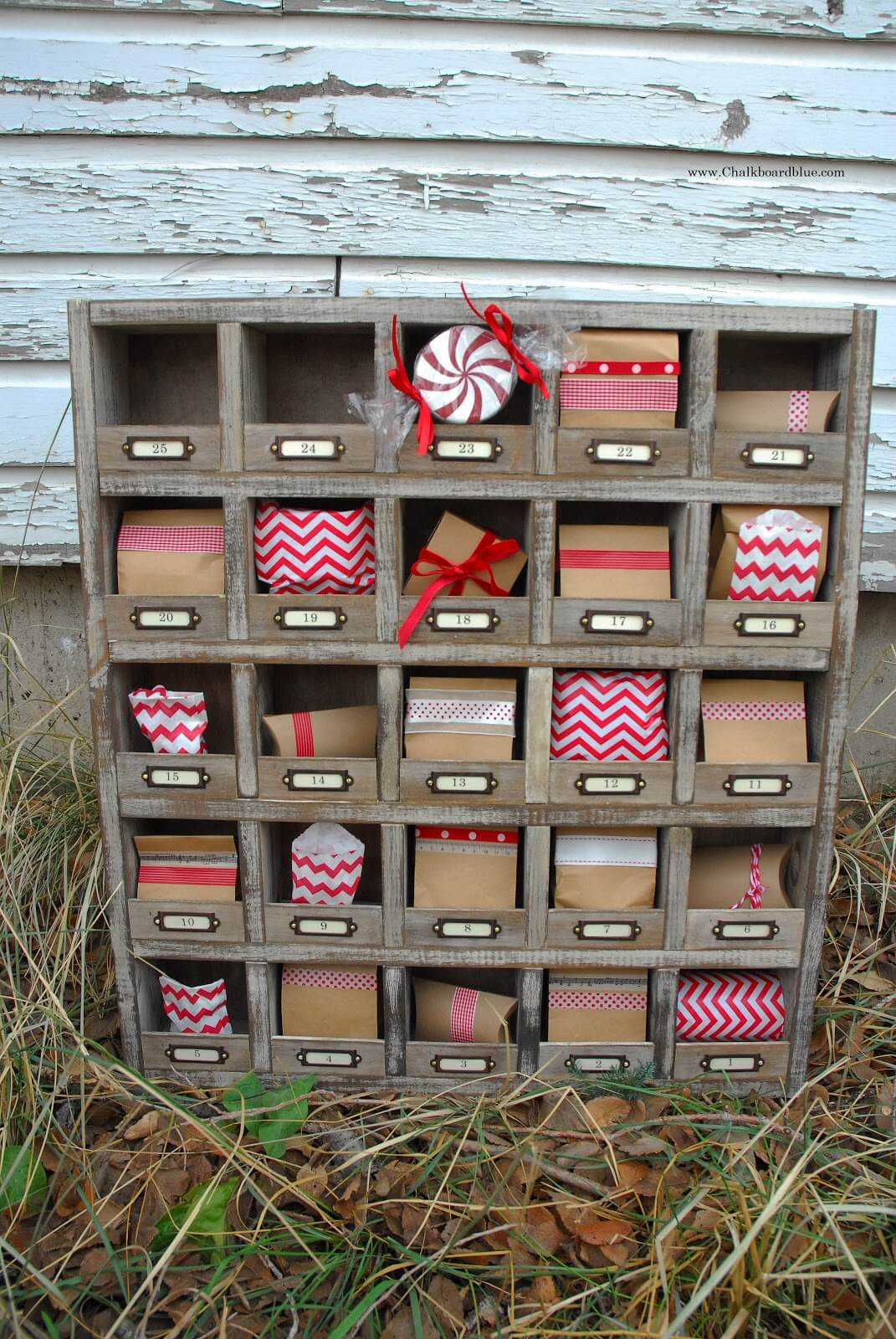 Vintage Card Catalog Style Christmas Countdown