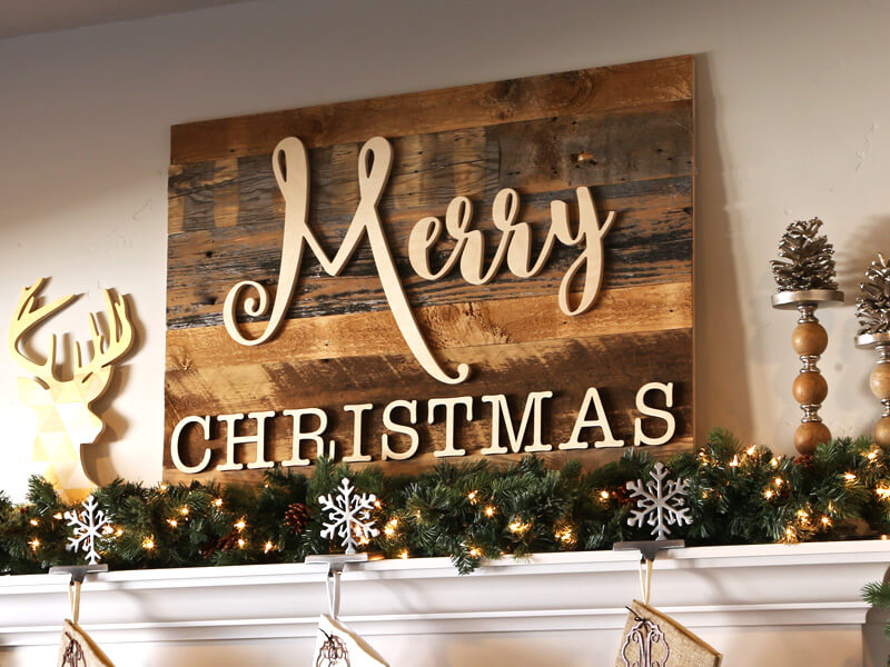 "DIY ""Merry Christmas"" Wall Sign"