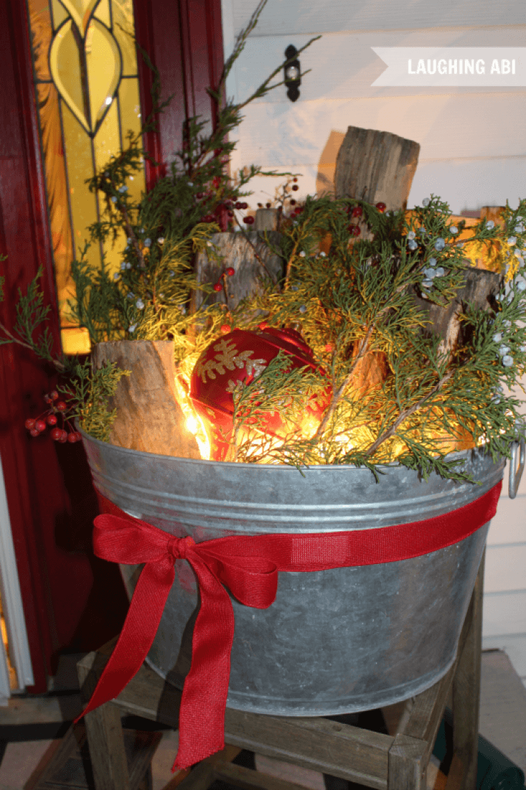 Antique Washtub Christmas Porch Display