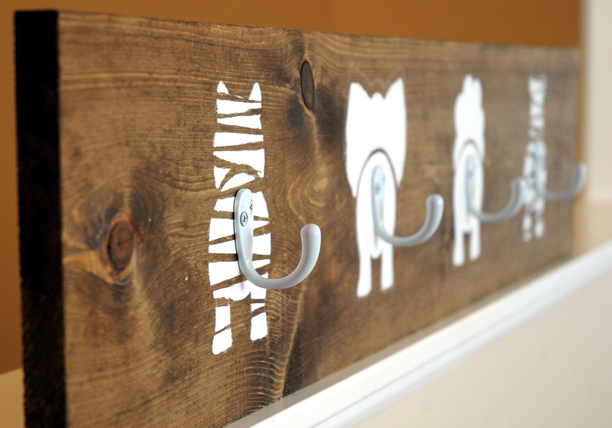 Zoo Animal Coat Rack for Kids