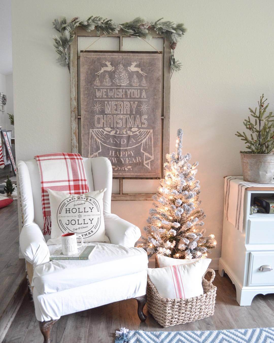 relaxing armchair with a merry wall art - Christmas Wall Art Decor
