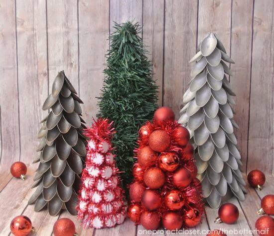 Plastic Spoon Christmas Tree Idea