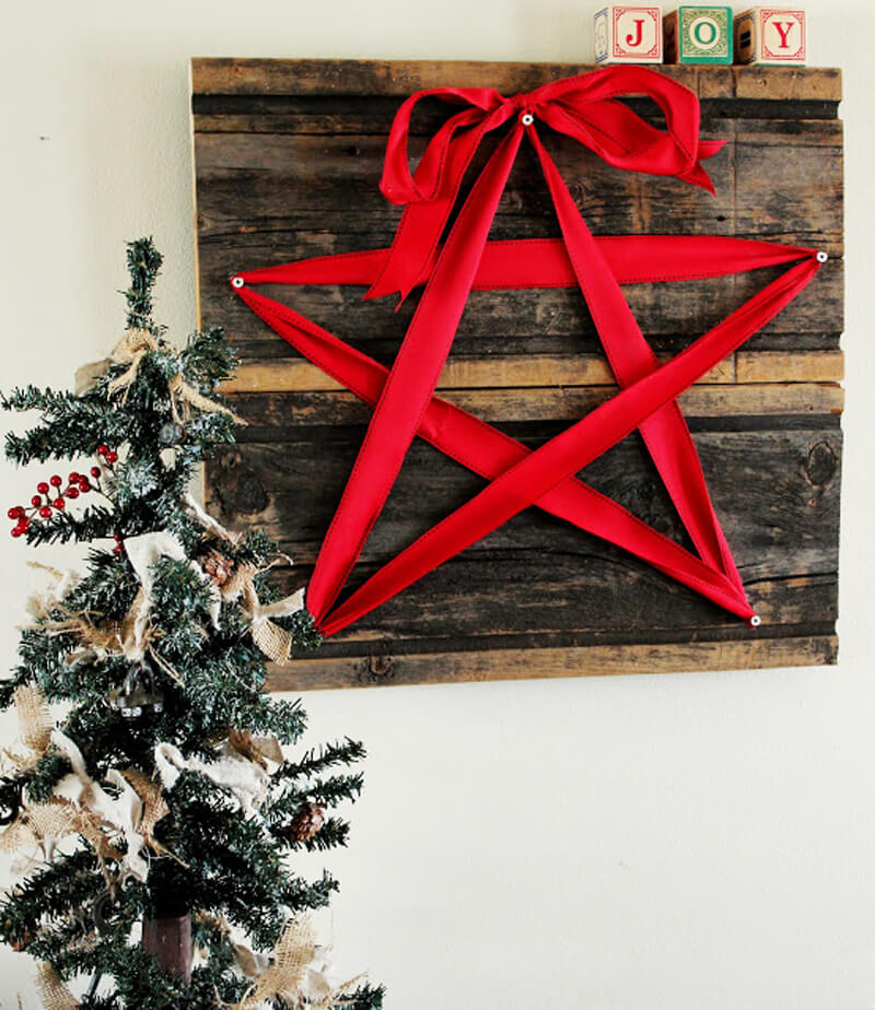 rustic red ribbon star wall art - Christmas Wall Art Decor