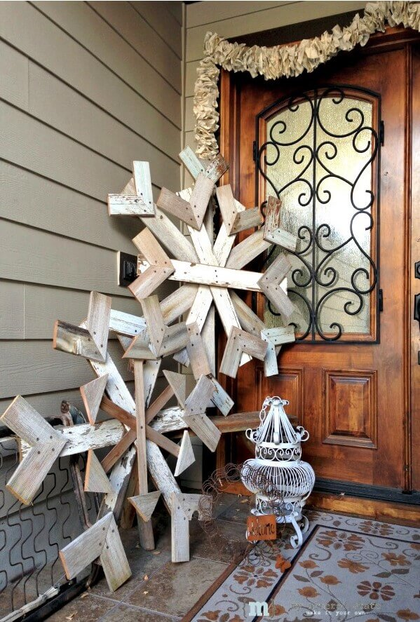 Oversized Reclaimed Wood Decorative Snowflake