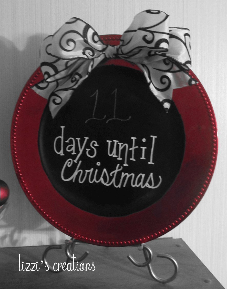 Easy Chalkboard Christmas Countdown Plate