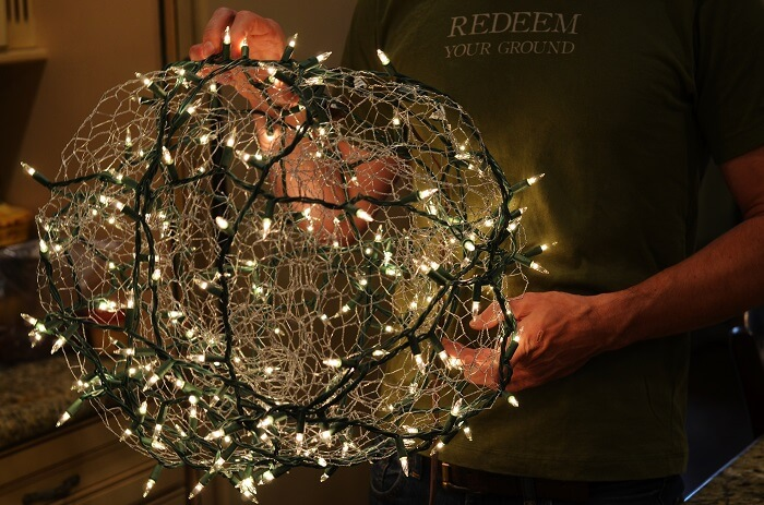 Wire Frame Lighted Christmas Balls