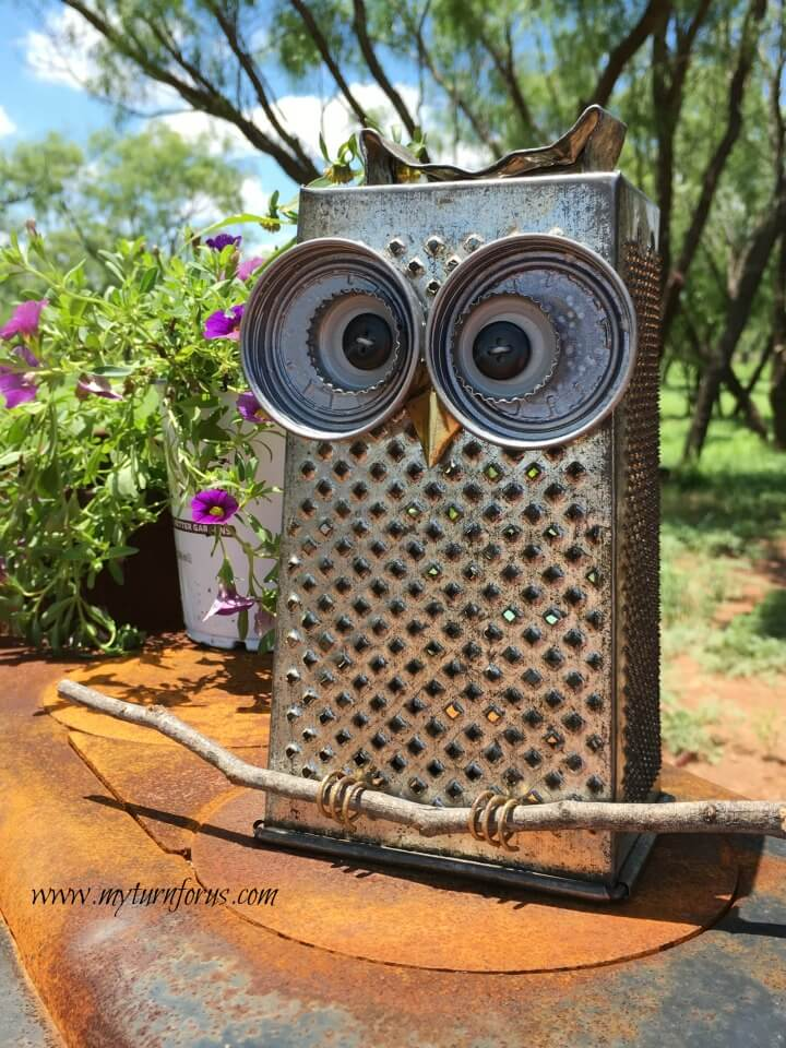 Awesome Rusty Kitchen Grater Owl