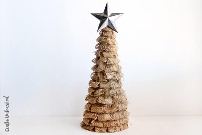Creative DIY Burlap Christmas Tree