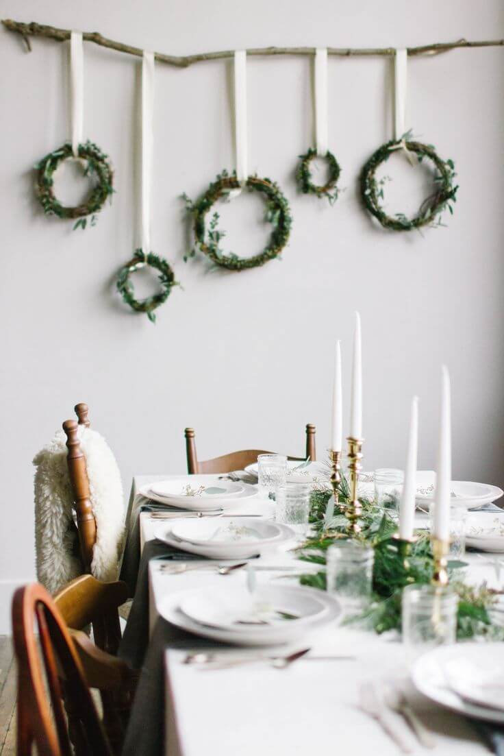 wreaths for dining room wall decoration - Christmas Wall Decoration Ideas