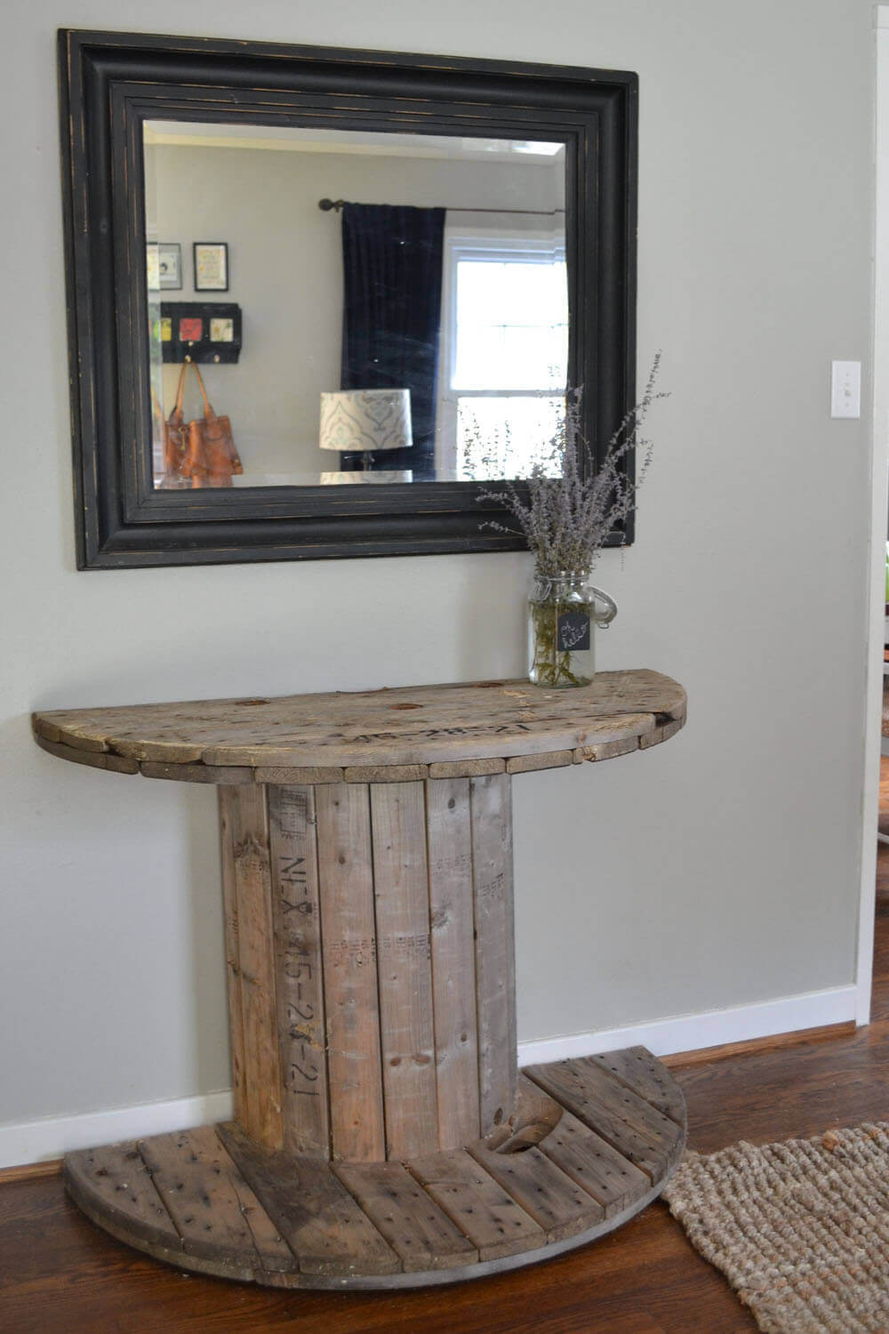18. Halved Wood Spool Hallway Table Ideas