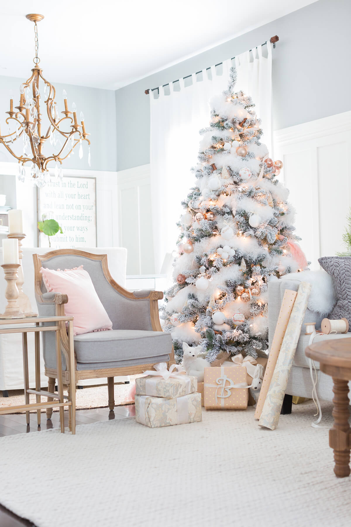 19 gold balls nestled in fluffy white snow - How To Decorate Living Room For Christmas