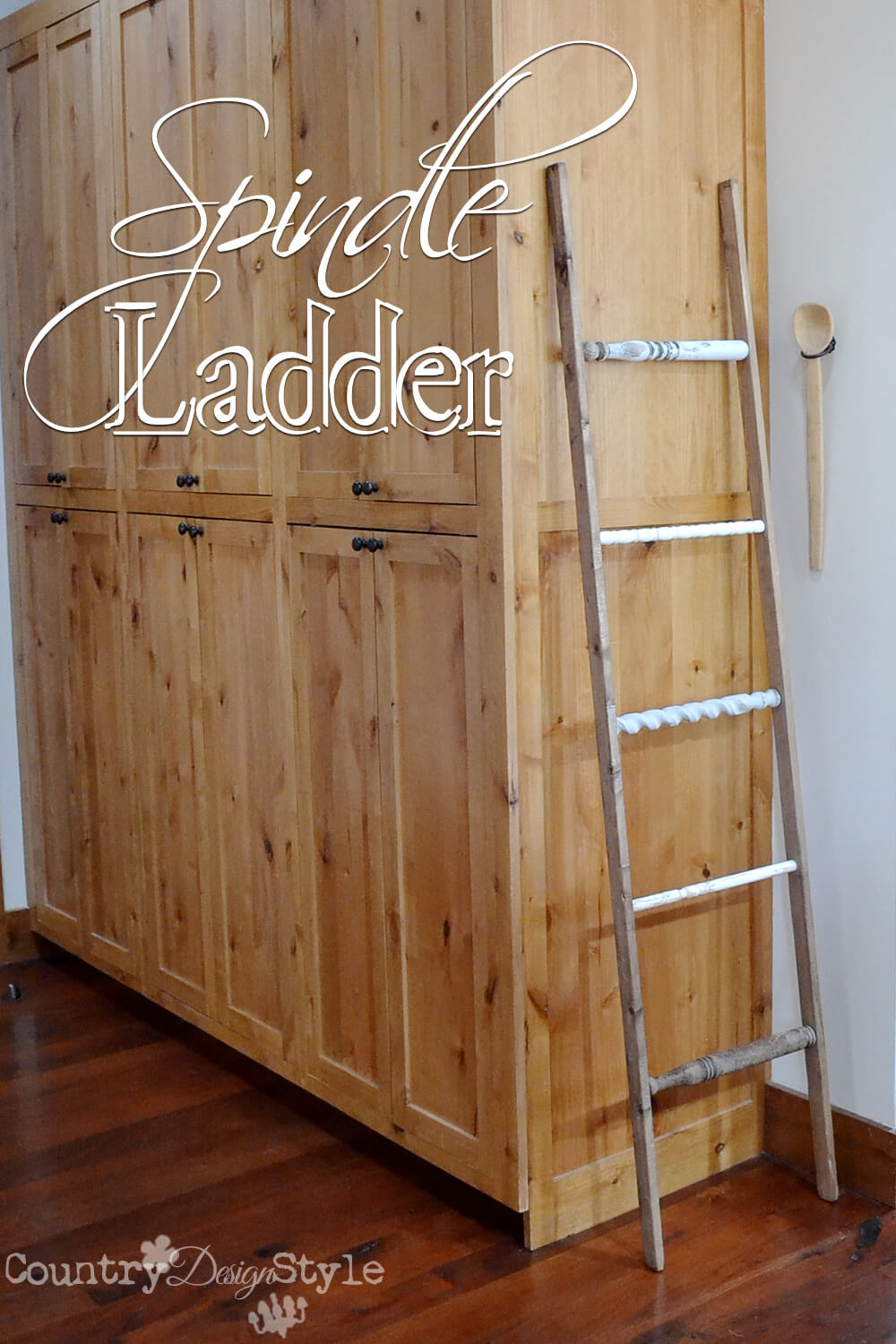 Country Perfect Decorative Spindle Ladder