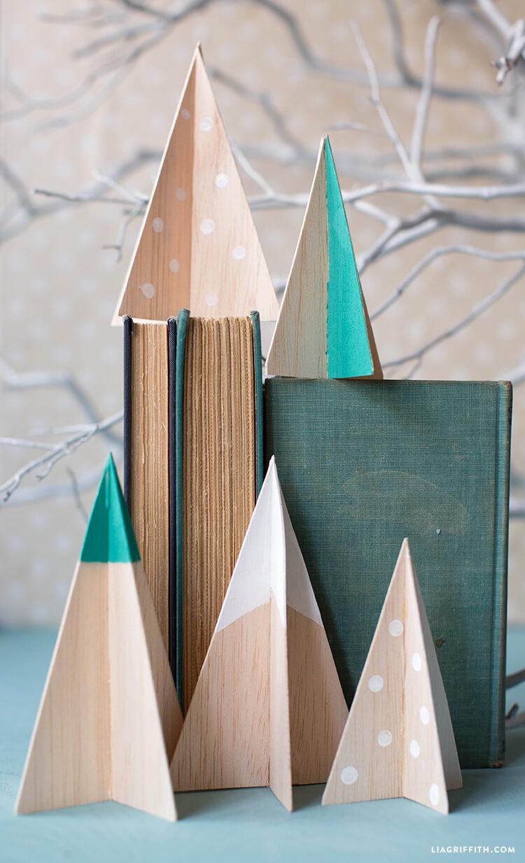 Balsa Wood Christmas Tree with Scandinavian Vibe