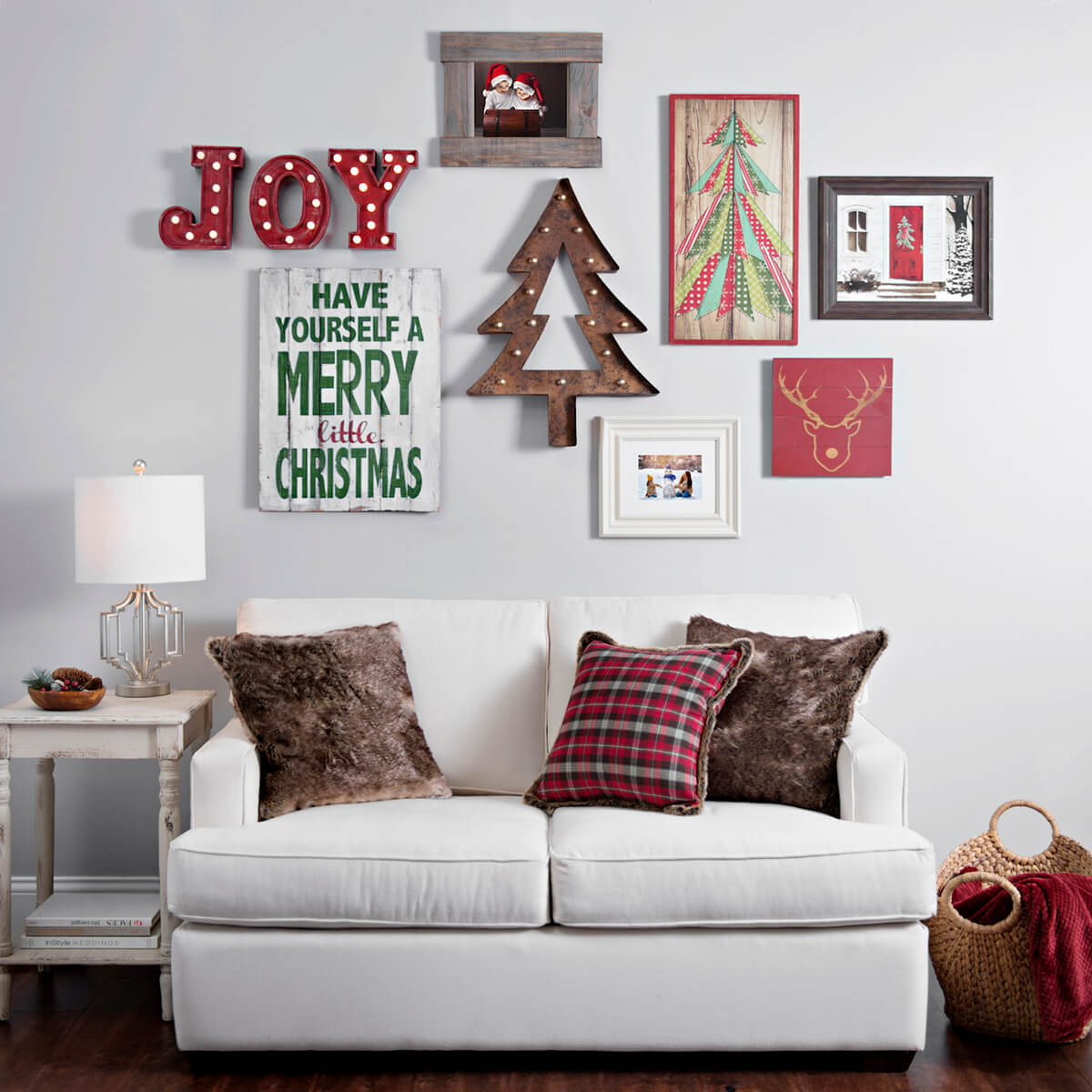 35 best christmas wall decor ideas and designs for 2019. Black Bedroom Furniture Sets. Home Design Ideas