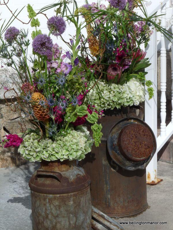 Stun with Seasonal Wildflower Arrangements