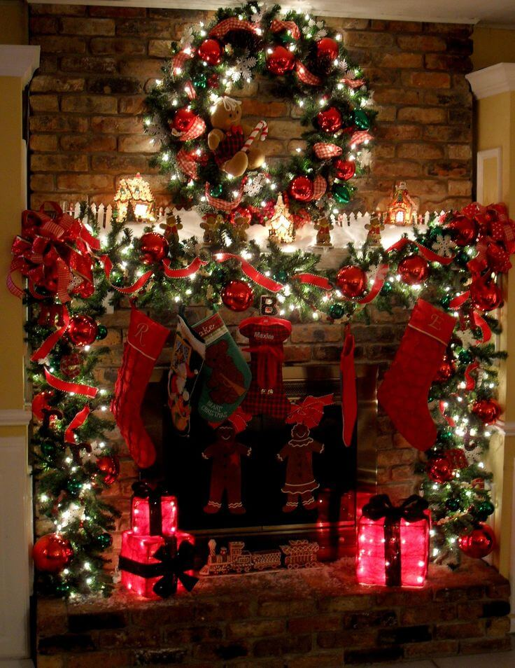 Floor-to-Ceiling Twinkle Lights Fireplace Display