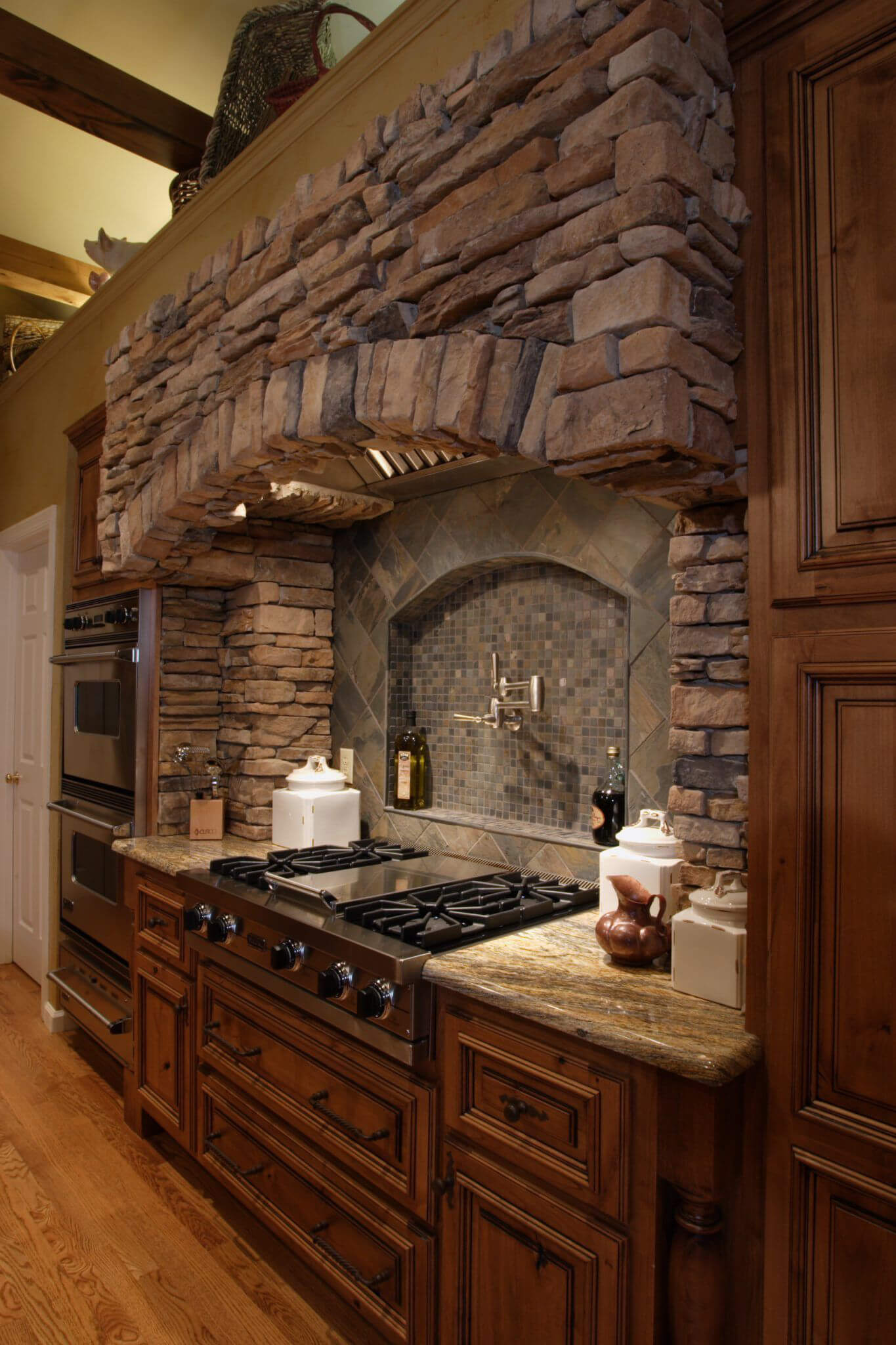 Classic Italian Brick Kitchen Arch