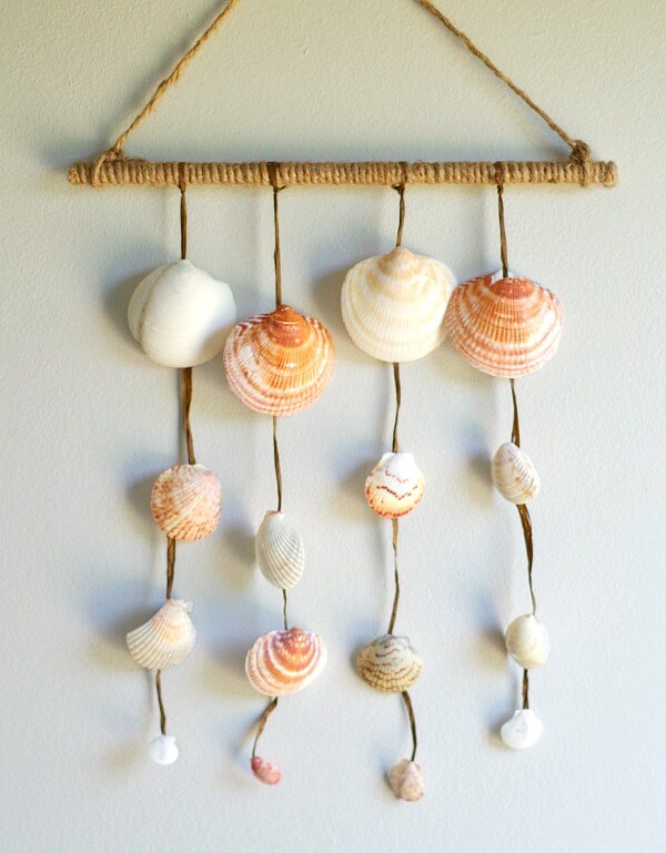 Clam Seashell Mini Wall Hanging
