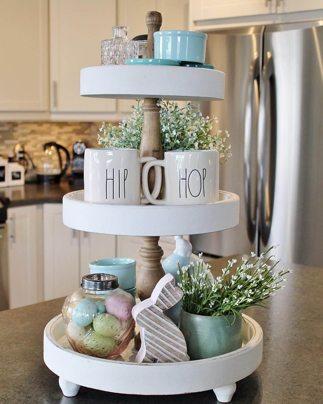 Easter Themed Mugs with Baby's Breath