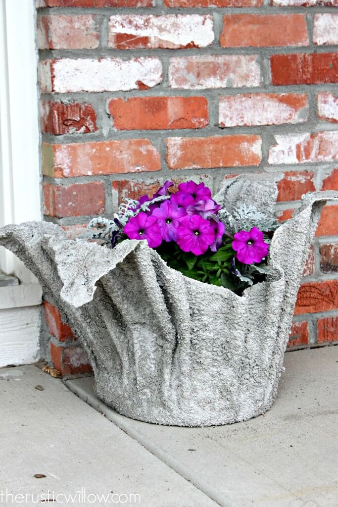 Unique Backyard Concrete Flower Pot