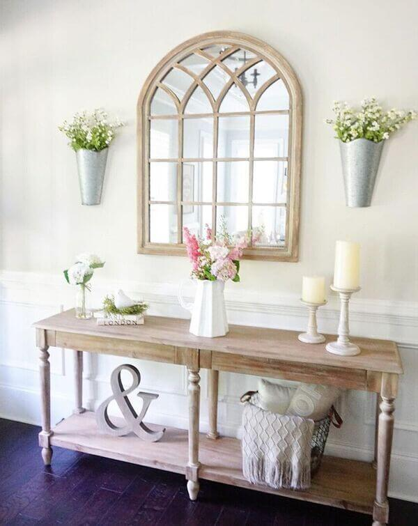 A Country Cottage Inspired Entryway Arrangement