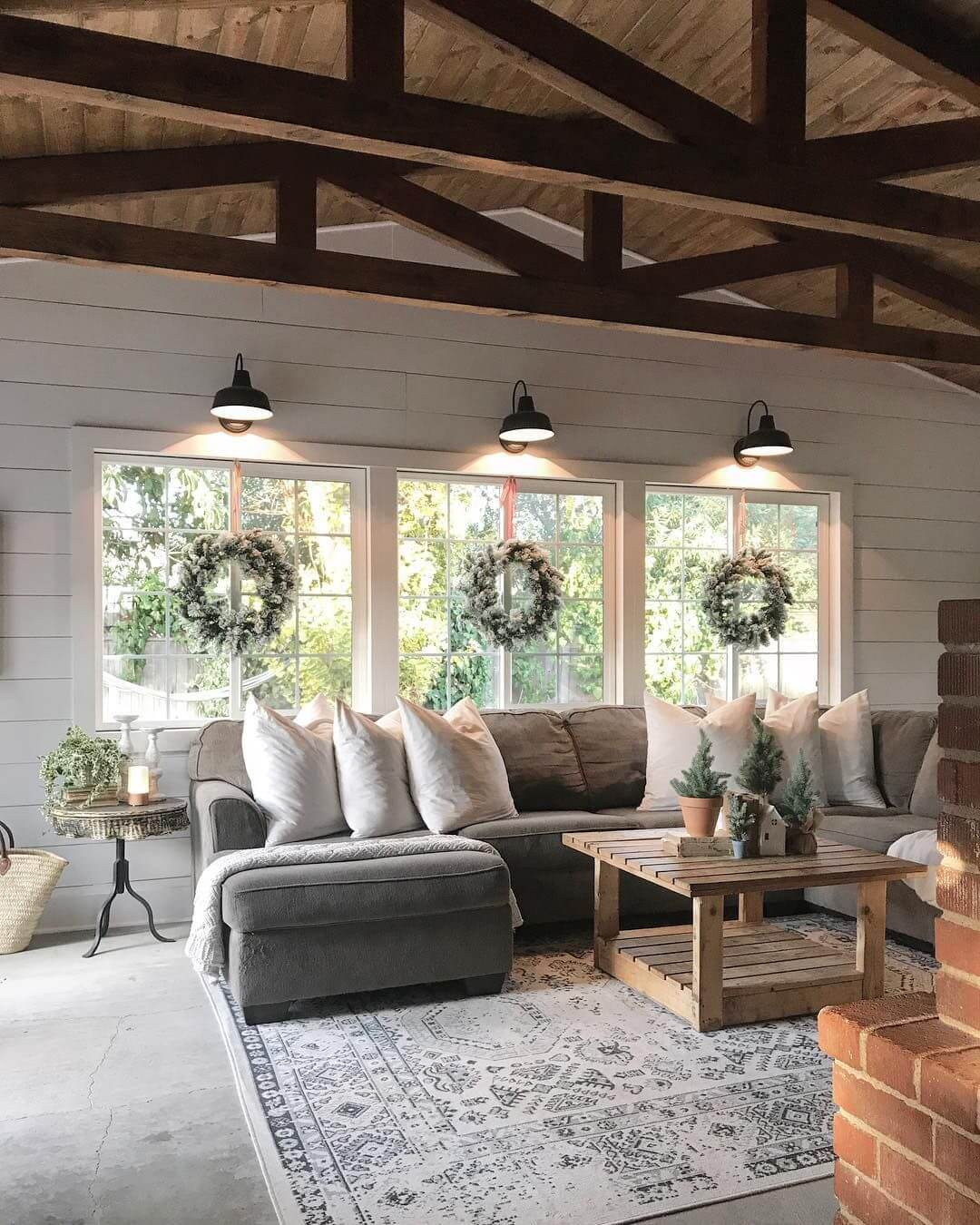 40 Best Cozy Farmhouse Living Room Lighting Lamps Decor: 35+ Best Farmhouse Interior Ideas And Designs For 2020