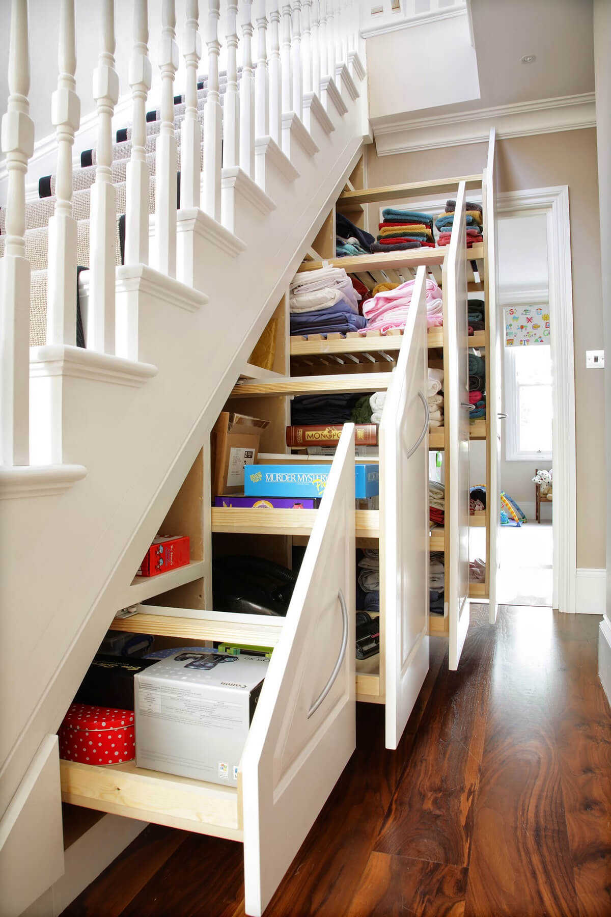 11 Best Space Saving Ideas and Projects for 11