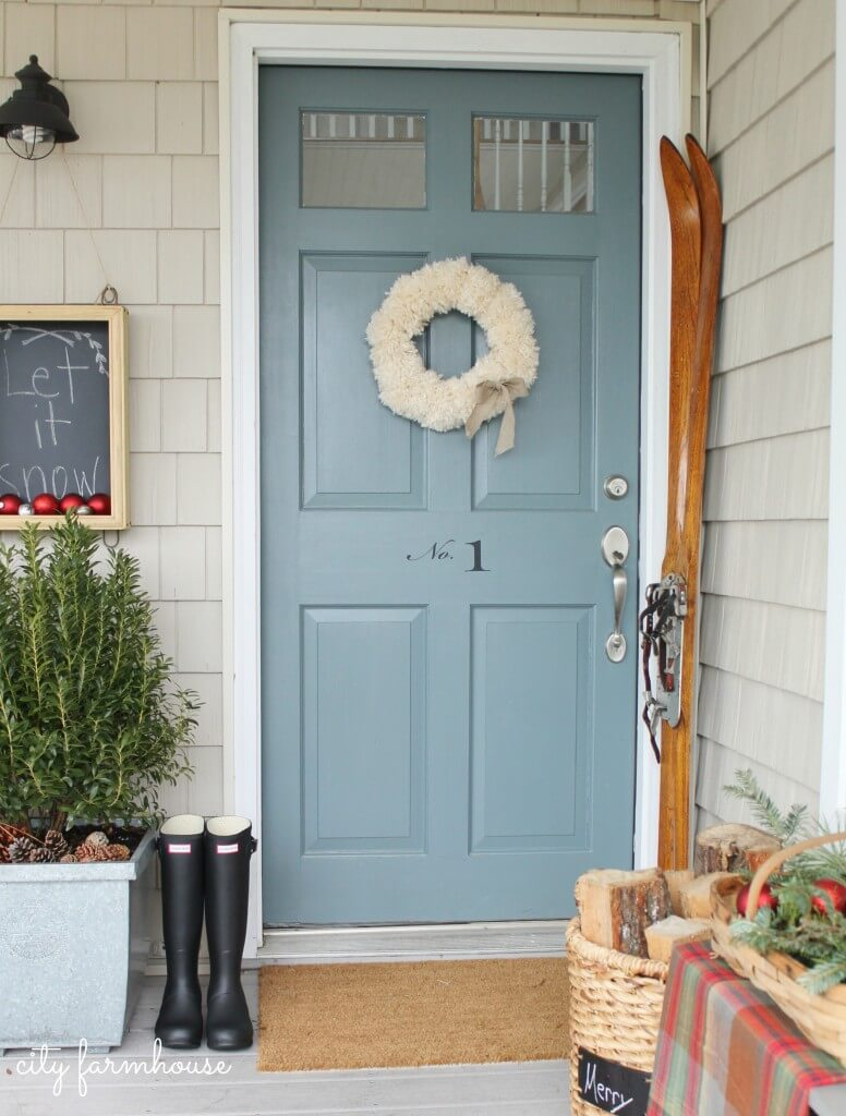 Farmhouse front door ideas awesome front door farmhouse for Farm door ideas
