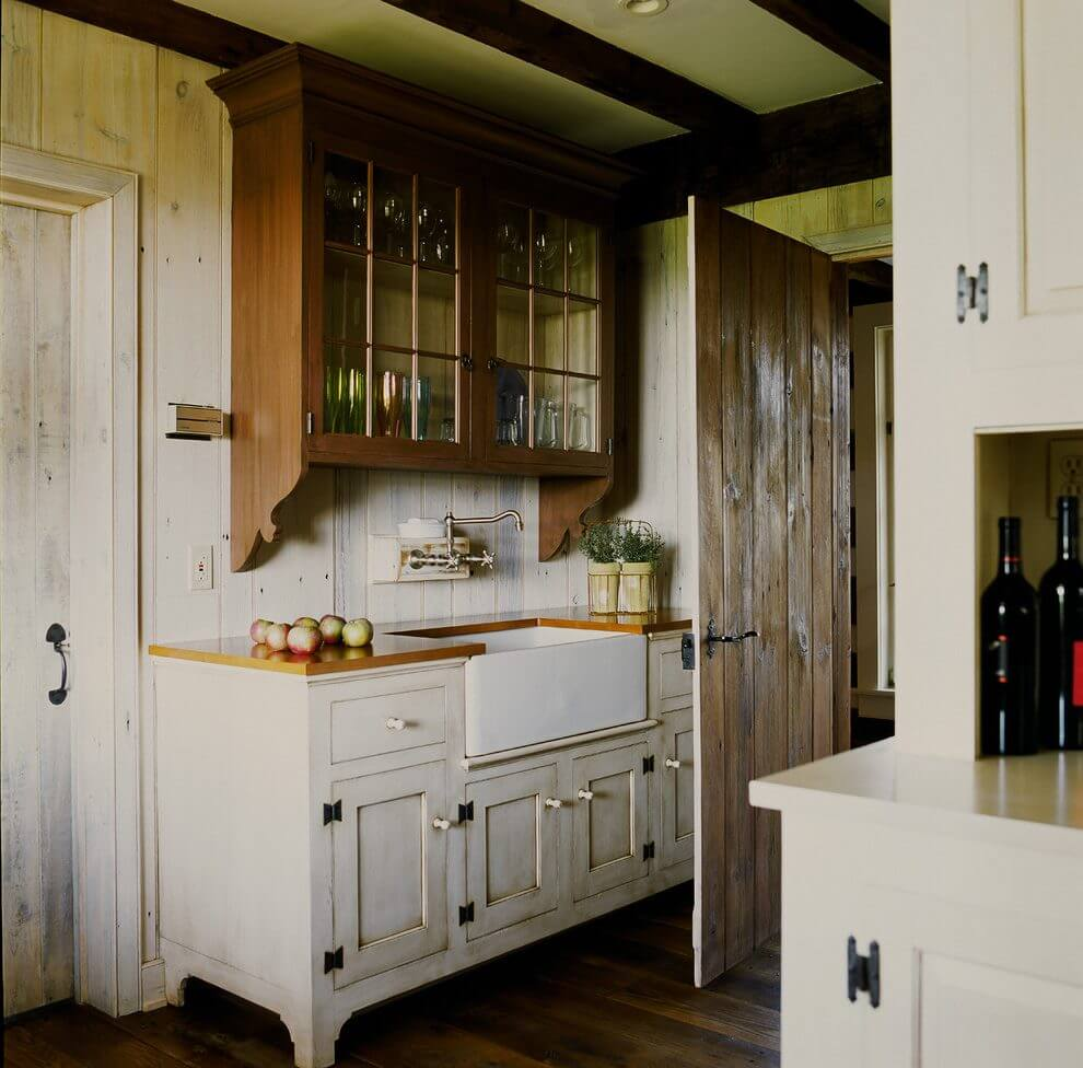 Farmhouse Kitchen With Dark Cabinets: 35 Best Farmhouse Kitchen Cabinet Ideas And Designs For 2019