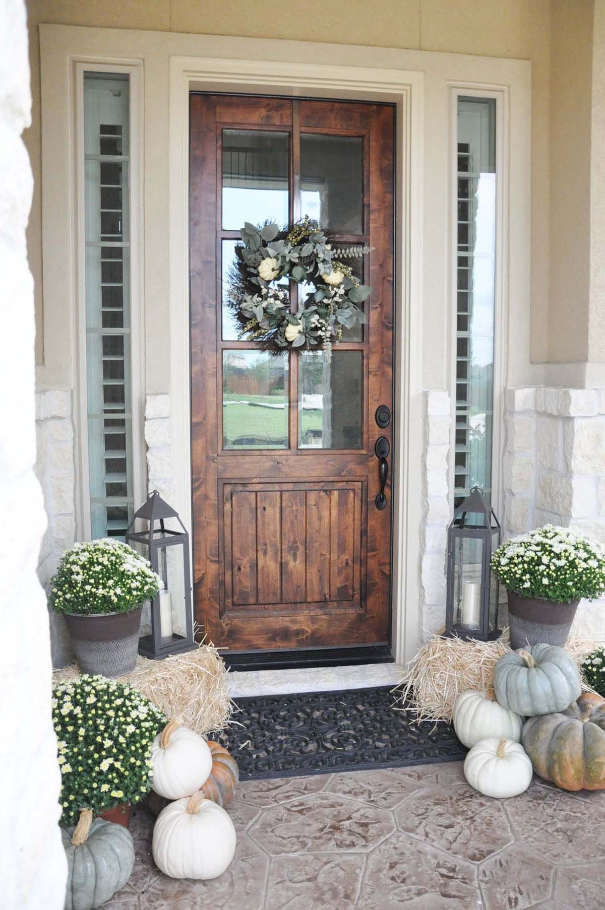 37 Best Farmhouse Front Door Ideas And