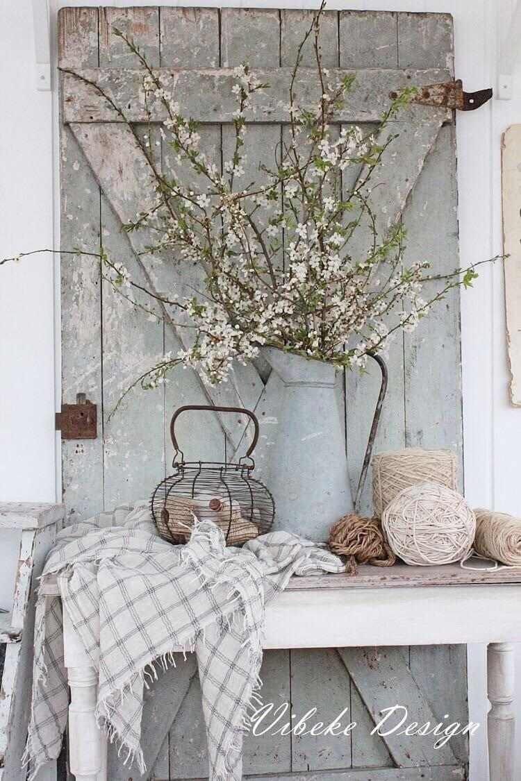 35 Rustic Farmhouse Spring Decor Ideas And Designs For 2017