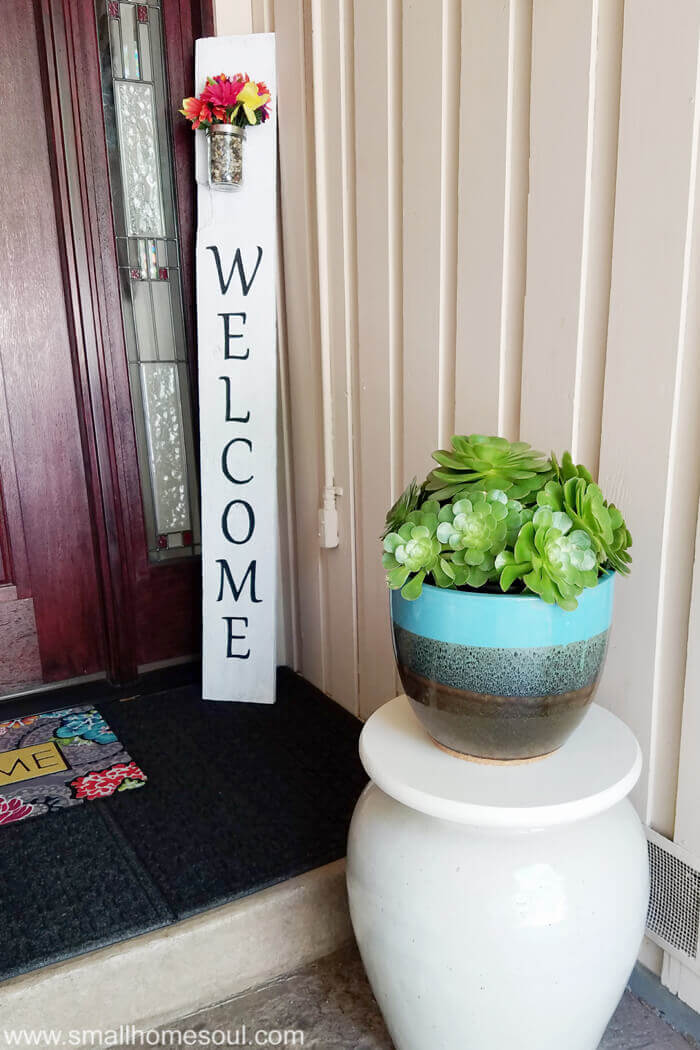 Vertical Posy Accented Porch Welcome Sign