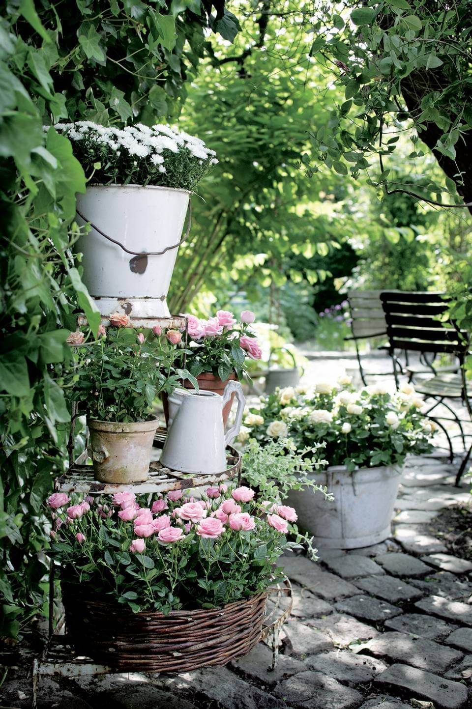 45+ Best Cottage Style Garden Ideas and Designs for 2020