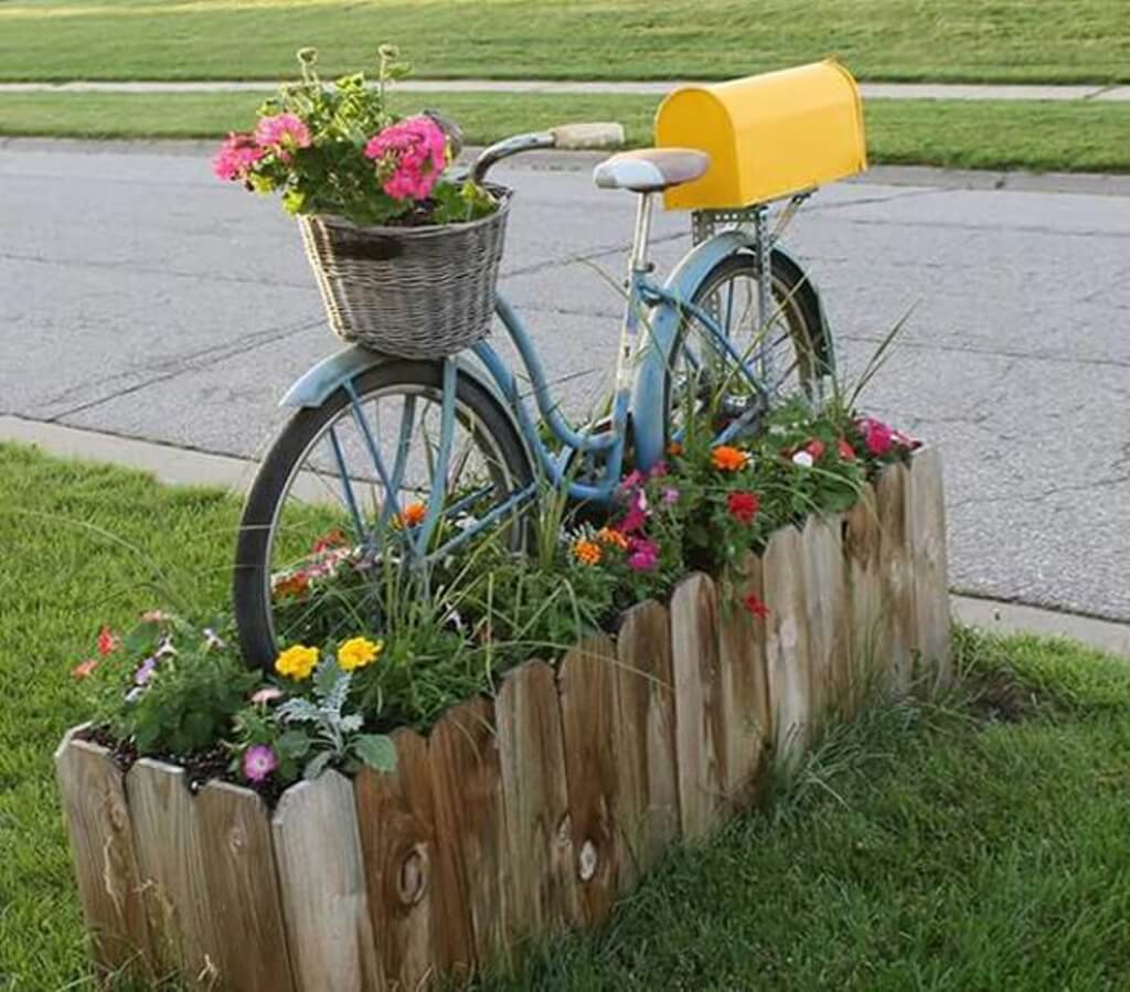 Go for a Ride with This Bicycle Mailbox