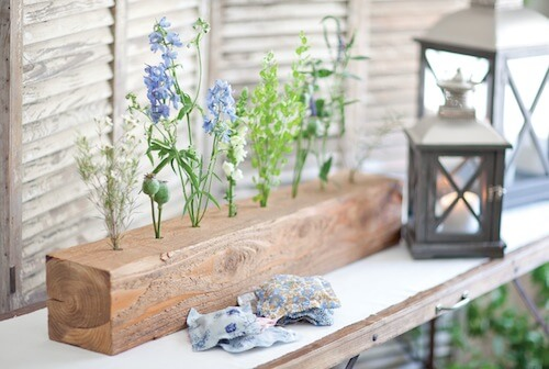 Spring Centerpiece Ideas with Lumber